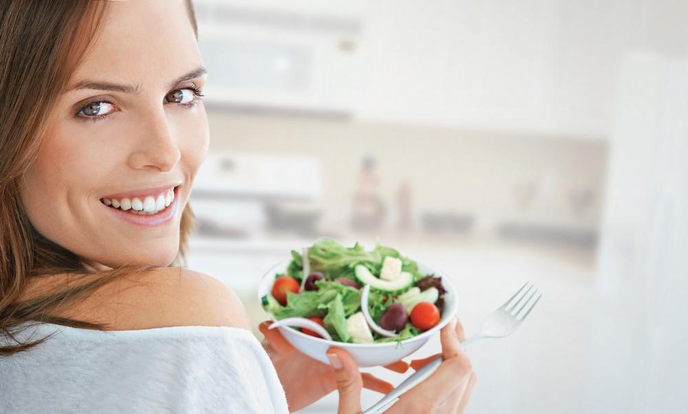 Alimentos que fazem bem ao cabelo e couro cabeludo