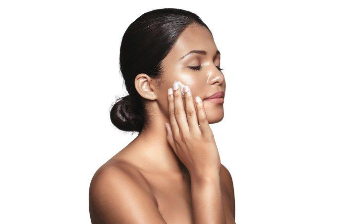 Truques para manter a pele hidratada no outono e no inverno
