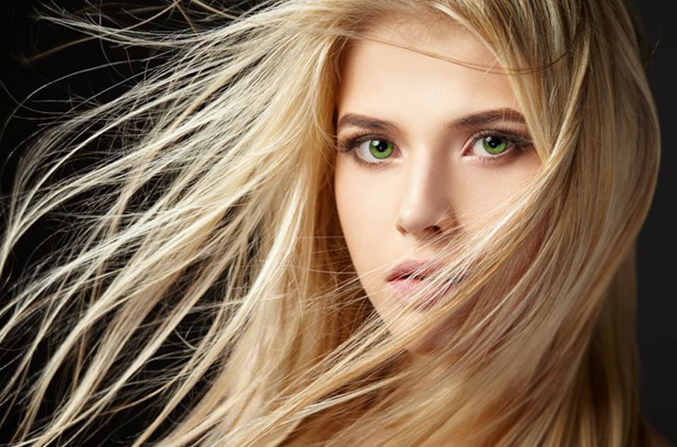 4 cuidados com cabelo loiro que você precisa adicionar à rotina