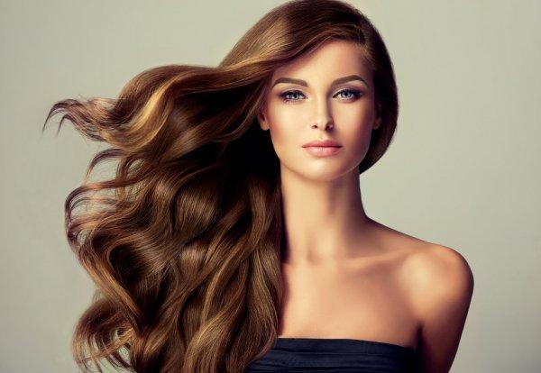 4 dicas para quem deseja manter os cabelos ondulados por mais tempo